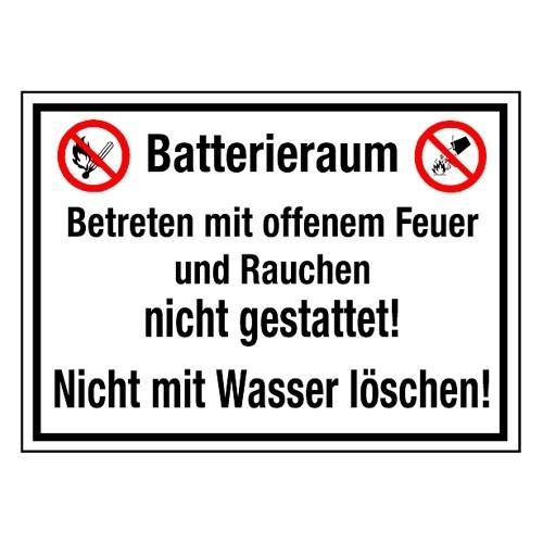 Batterieraum! Betreten mit offenem Feuer und Rauchen nicht gestattet! Nicht mit Wasser löschen! (mit Symbolen P003 und P011)