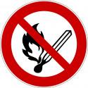 Keine offene Flamme, Feuer, offene Zündquelle und Rauchen verboten - P003