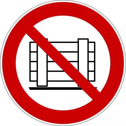 Abstellen oder Lagern verboten - P023