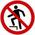 Aufsteigen verboten - P019