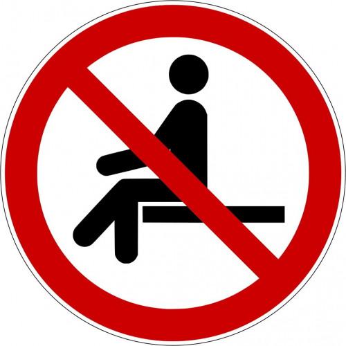 Sitzen verboten - P018
