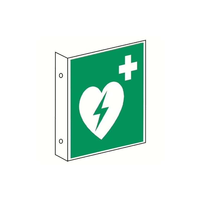 Fahnenschild: Automatisierter Externer Defibrillator (AED) - E010