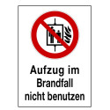 Aufzug im Brandfall nicht benutzen (mit Symbol P020)